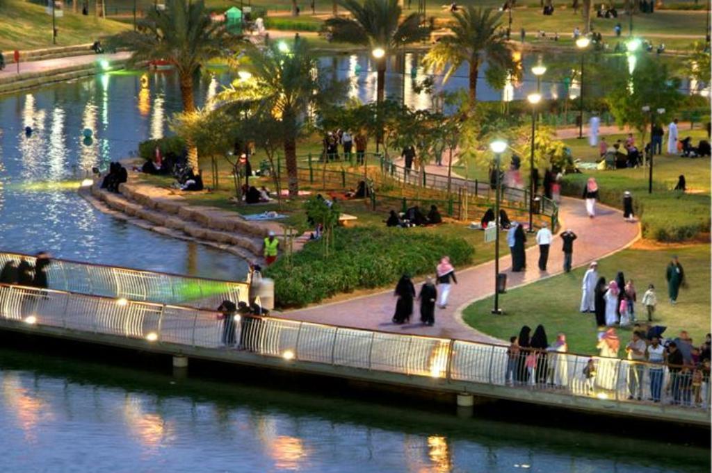 الحدائق العائلية في مدينة الرياض حديقة المكتبة مدينة الرياض