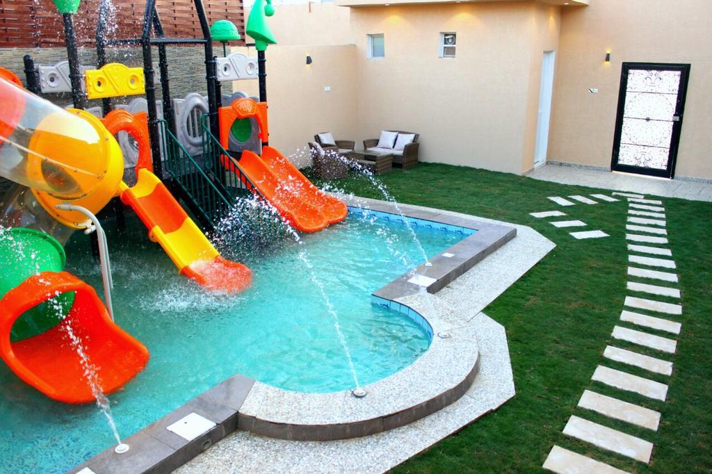 الشاليهات المائية في مدينة الرياض الإقامة المميزة والمتعة الفريدة مدينة الرياض